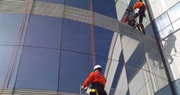 Serviços de alpinismo industrial & Predial